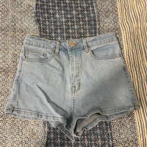 FOREVER 21 HIGH WAISTED SHORTS!!